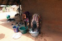 Kunté - Mulheres lavada a roupa