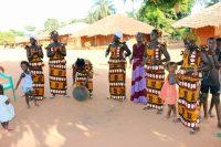 Cudoló Nalu - Mulheres prepararam uma pequena festa para nós
