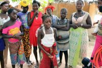 Mulheres e crianças Beafada na tabanca Buba-Tumba