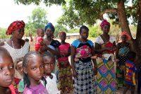 Mulheres e crianças na tabanca Misseratchanha
